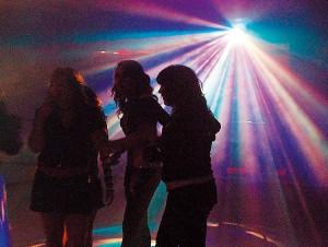amplificaciÒn para fiestas con dj ofrezco /f-5161429