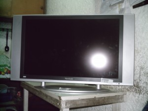 compro lcd , plasma,solo impecables