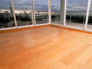 limpieza piso flotante