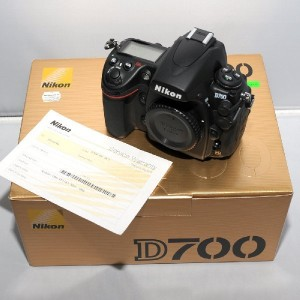 brand new nikon d700 18mp dslr camera