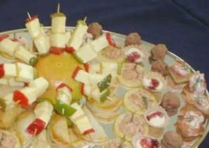 coctelería a domicilio: canapés, tapaditos, brochetas, empanaditas, dulces,