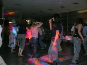 asegura tu evento, amplificación, dj,  iluminación, proyección.