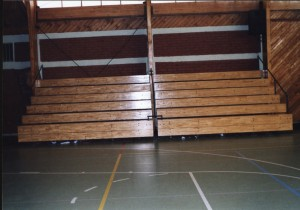 fabricación y montajes de estructuras met. deportivas graderias plegables